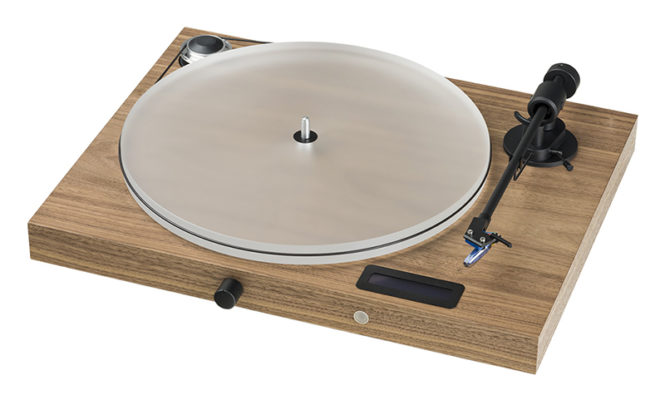 Pro-Ject announces new all-in-one turntable and speakers set