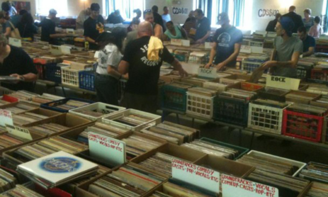 """Vinyl-Man"" Jerry Weber to sell 100,000 records for $1"