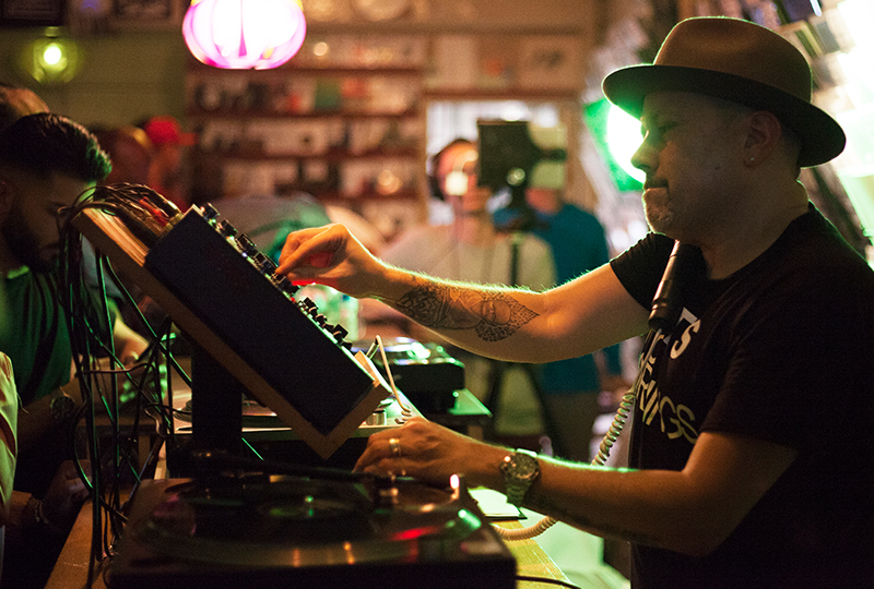 Watch Louie Vega Dj At Phonica Records In London