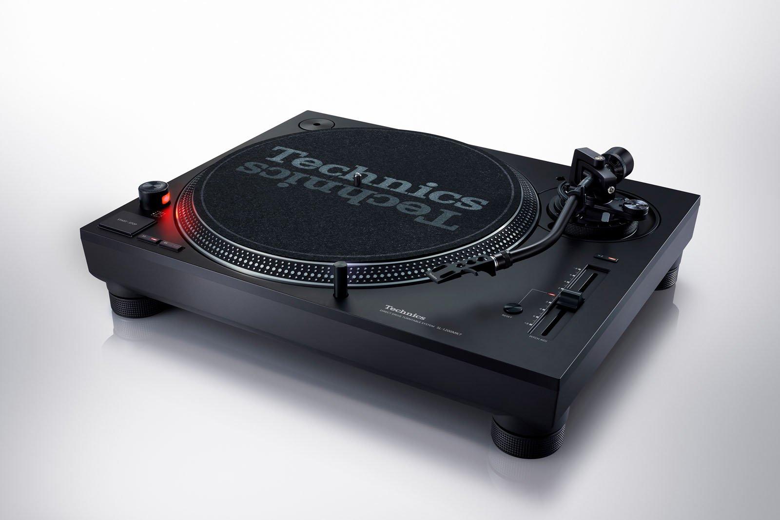 Technics Unveils New Sl 1200 Mk7 Turntable