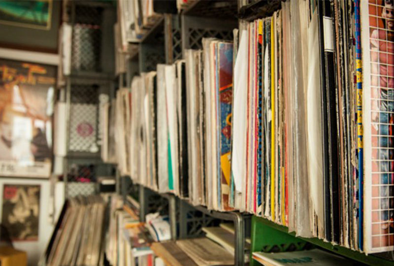 These are the UK's best selling vinyl albums and singles of