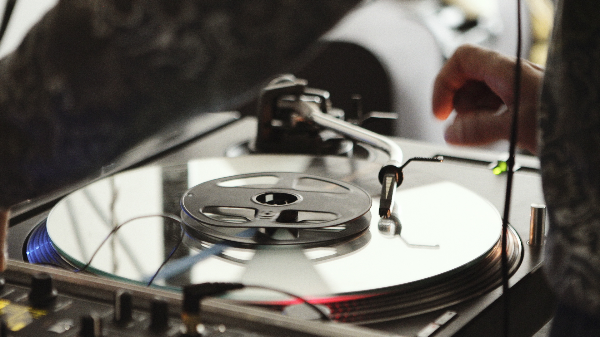 Imaginary Landscapes: The turntable as instrument