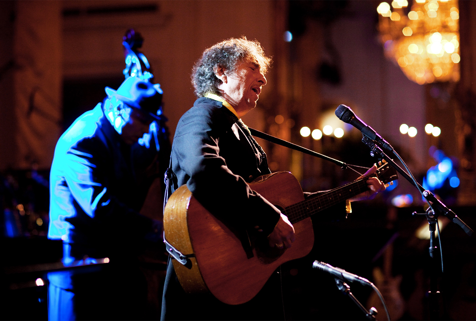 Bob Dylan announces new album, Rough and Rowdy Ways