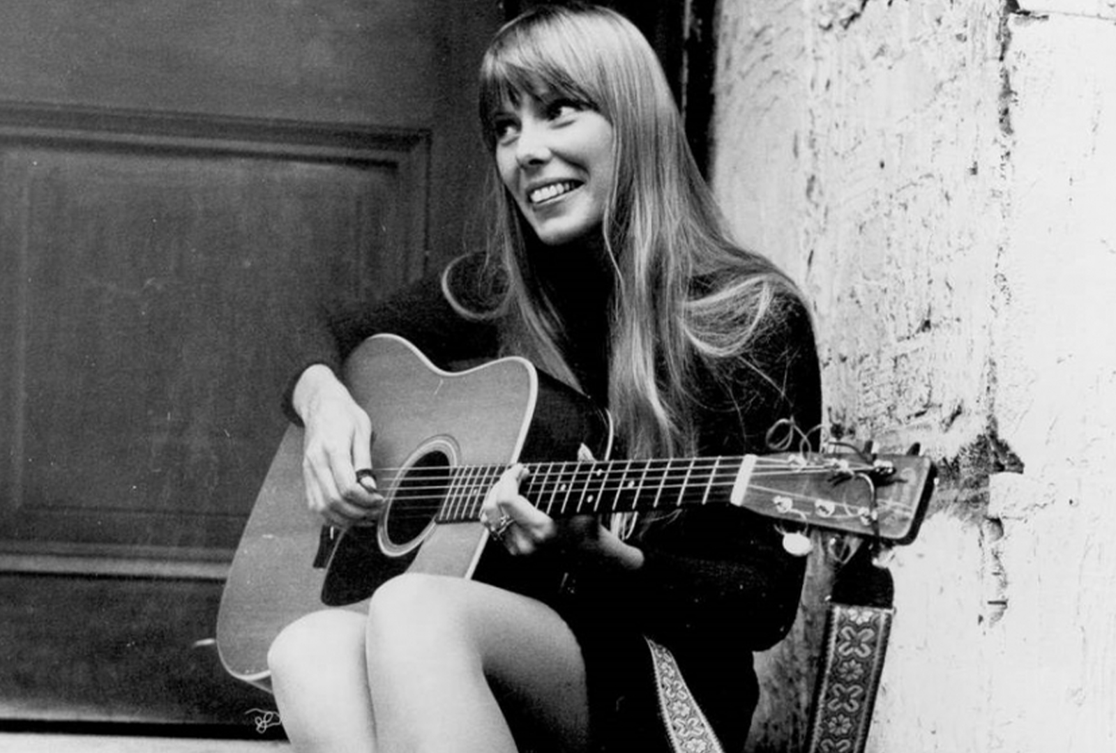 Joni Mitchell reissuing first four albums in 4xLP collection