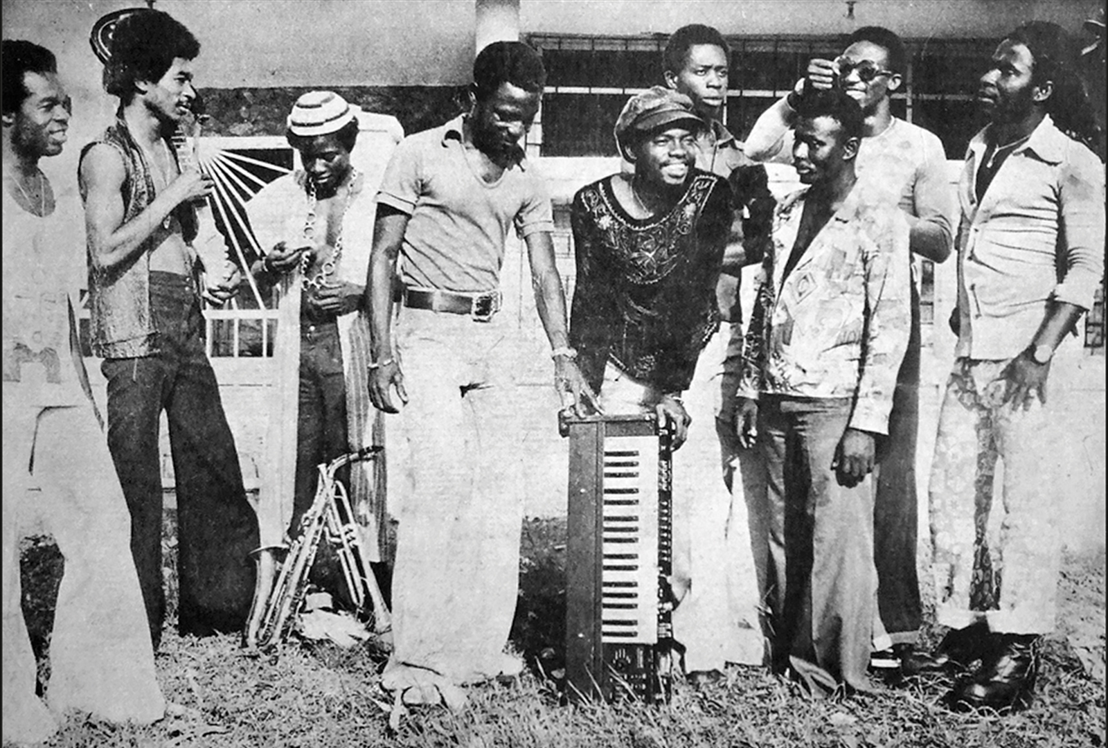 Ghanaian highlife meets Congolese rumba on Best of Vis-A-Vis In Congo Style